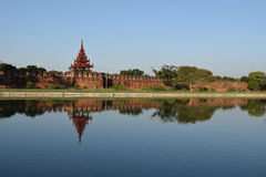 Palais de Mandalay dans Myanmar Photo stock