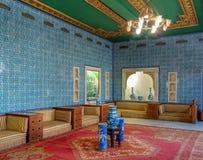 Palais de Manial de prince Mohammed Ali Hall carrelé bleu à la résidence de la mère du ` s de prince, le Caire, Egypte images libres de droits