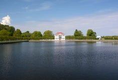 Palais de Marli dans Peterhof, Russie Photographie stock