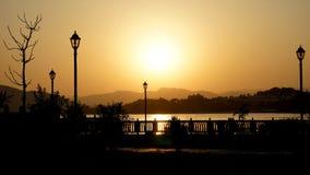 Palais de ville d'Udaipur le soir photographie stock libre de droits
