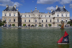 Palais du Luxembourg Pond Royalty Free Stock Image
