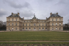 Palais du Luxembourg, slotten i de Luxembourg trädgårdarna, Paris, Frankrike Royaltyfri Bild