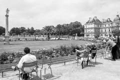 Palais du luxembourgeois aux jardins du Luxembourg Rebecca 36 Pari Images stock