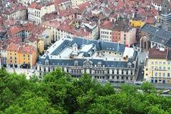 Palais du parlement du Dauphine i Grenoble som ses från det Bastilla berget, Frankrike royaltyfria foton