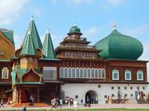 Palais du tsar Alexey Mikhailovich du siècle XVII Photographie stock libre de droits