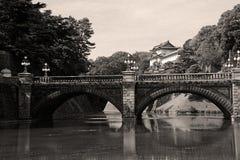 Palais et pont impériaux de Nijubashi, Tokyo Photographie stock