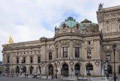 Palais Garnier歌剧的看法从街道Halevy的 在 库存图片
