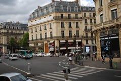 Palais Garnier, αυτοκίνητο, πόλη, αστική περιοχή, οδός στοκ φωτογραφίες