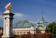 Palais grand à Paris Photographie stock