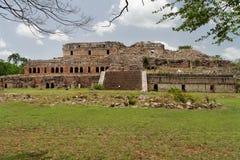 Palais maya dans Sayil Image libre de droits