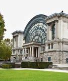 Palais Mondial - Corridoio del sud in Jubelpark a Bruxelles belgium fotografia stock