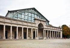 Palais Mondial - södra Hall i Jubelpark i Bryssel _ Arkivbilder