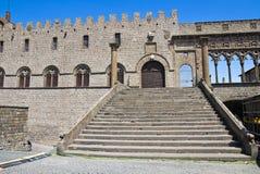 Palais papal. Viterbe. Le Latium. L'Italie. image stock