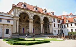 Palais Prague de Wallenstein et le jardin - sénat de la République Tchèque photos stock