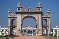 palais principal de Mysore de porte image libre de droits
