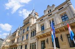 Palais som Tusen dollar-är hertiglig i staden av Luxembourg Arkivfoton