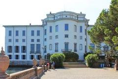 Palais sur l'île d'Isola Bella sur le lac Maggiore dans le jour d'été lumineux de l'Italie image libre de droits