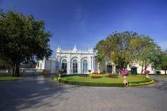 Palais Thaïlande de douleur de coup de porte de Devaraj-Kunlai image libre de droits