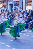 Palamos,西班牙- 2018年2月10日,传统狂欢节队伍在一个小镇Palamos,在卡塔龙尼亚,在西班牙 免版税图库摄影