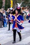 Palamos,西班牙- 2018年2月11日,传统狂欢节队伍在一个小镇Palamos,在卡塔龙尼亚,在西班牙 库存图片