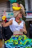 Palamos,西班牙- 2018年2月11日,传统狂欢节队伍在一个小镇Palamos,在卡塔龙尼亚,在西班牙 图库摄影