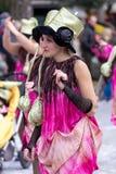 Palamos, España - 11 de febrero de 2018, desfile de carnaval tradicional en una pequeña ciudad Palamos, en Cataluña, en España Fotos de archivo libres de regalías