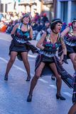Palamos, Spanien - 10. Februar 2018, traditionelle Karnevalsparade in einer Kleinstadt Palamos, in Katalonien, in Spanien Stockfotografie