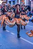 Palamos, Spanien - 10. Februar 2018, traditionelle Karnevalsparade in einer Kleinstadt Palamos, in Katalonien, in Spanien Lizenzfreies Stockfoto