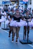 Palamos, Spanien - 10. Februar 2018, traditionelle Karnevalsparade in einer Kleinstadt Palamos, in Katalonien, in Spanien Stockbilder