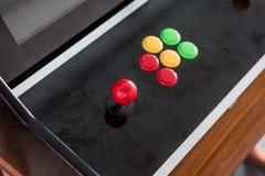Palancas de mando y diversos botones coloreados Fotografía de archivo