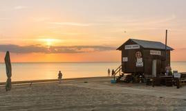 PALANGA LITAUEN - JUNI 13: Sikt på intelligensen Palanga för sandig strand Arkivfoton