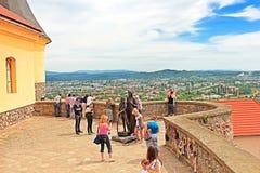 Palanok城堡或穆卡切沃城堡的, Zakarpattya,乌克兰未认出的人 免版税图库摄影
