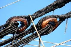 Palans sur le vieux bateau Photo stock