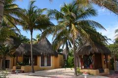 Palapas en Playa del Carmen - México Fotos de archivo libres de regalías