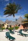 Palapas en Playa del Carmen - México Fotos de archivo