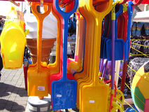 Palas plásticas de la arena Foto de archivo