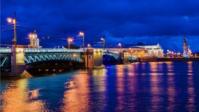 Palast-Brücke in St Petersburg, Russland Lizenzfreies Stockfoto