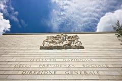 Palast des INPS in Rom Eur, über Cristoforo Colombo stockfoto