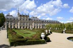 Palast, Garten im Vordergrund La Granja de San Ildefonso, Spanien Stockfotos