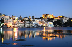 Palast and Old-Town Udaipur, Rajastan, India. By night Stock Images