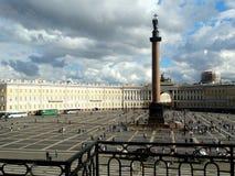Palast-Quadrat in St Petersburg Lizenzfreie Stockfotos