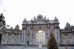 Palast-Tür Lizenzfreie Stockbilder