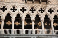 Palastdetail des Dogen, Marktplatz San Marco, Venedig Stockfotografie