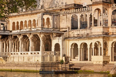 Palatial access to Lake Pichhola, Udaipur Royalty Free Stock Images