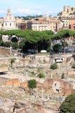 从Palatine小山的视图在罗马论坛在罗马,意大利 库存图片