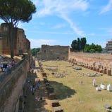 Palatine kulle och roman forum i Rome royaltyfri bild