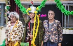PALAU DE PLEGAMANS - 28 DE AGOSTO: Empresa de teatro de Els Barlou durante a festividade local principal de Festa foto de stock royalty free