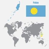 Palau kaart op een wereldkaart met vlag en kaartwijzer Vector illustratie Stock Fotografie