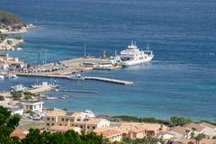 PALAU, SARDINIA/ITALY - MAJ 21: Widoku puszek Palau w Sardinia Zdjęcie Stock