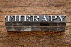 Palavra da terapia no tipo do metal Fotografia de Stock Royalty Free